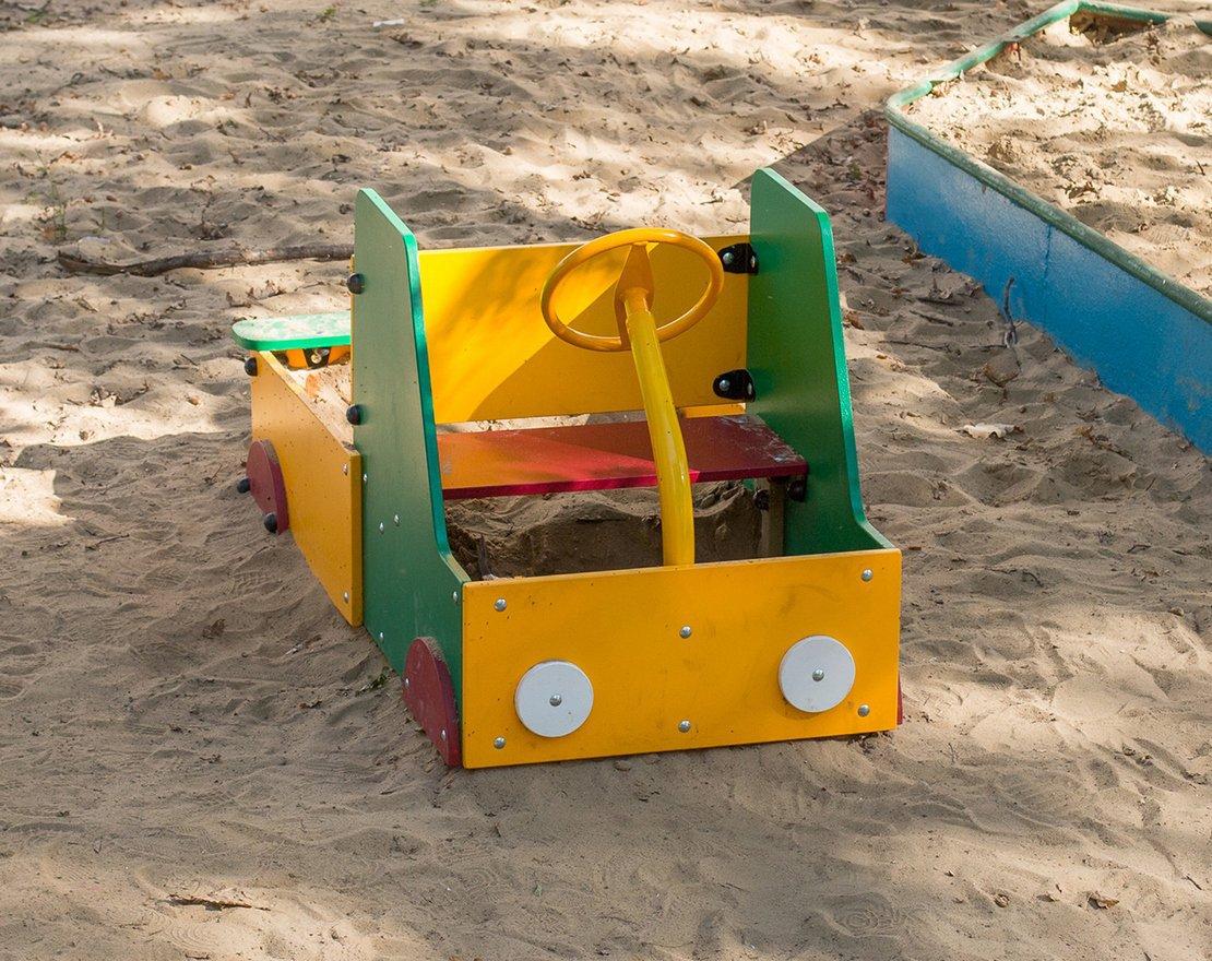 Песочница своими руками в виде машинки 63